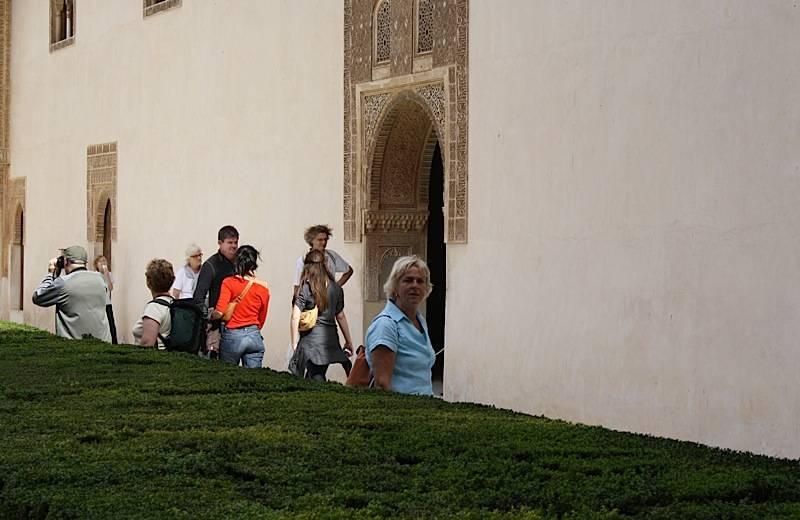 bezoekers_alhambra-2qww35llzd6z6ssw4wsk40ok0-183ywgkcqd6u2o488ok8occg4-th_