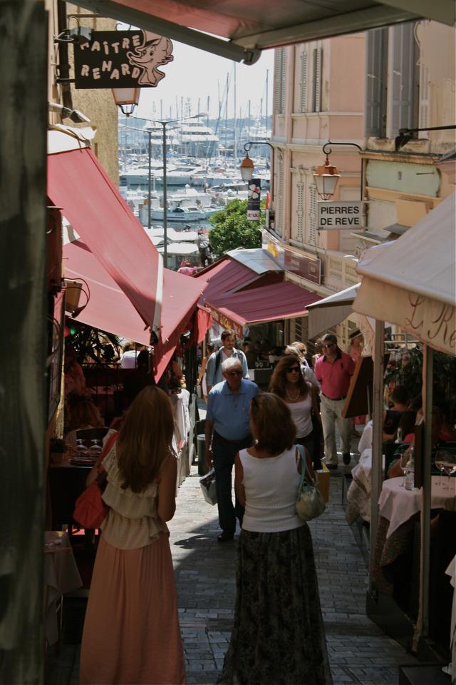 Straatje in Cannes